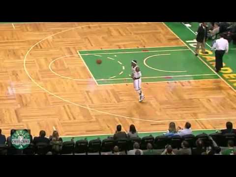 OfficialCeltics - http://mr23mj.blogspot.com/ http://www.youtube.com/user/inspireNBA http://www.youtube.com/user/OfficialNCAAbball This is becoming Rondo's signature move at t...