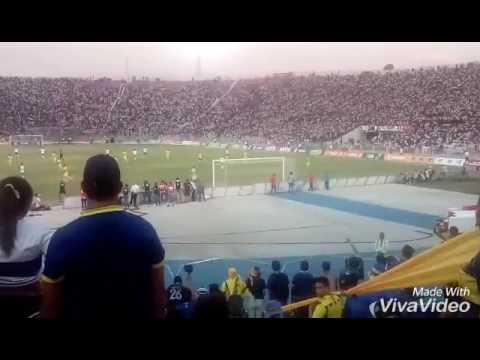 Colo Colo vs Everton Alentando al Ever. - Los del Cerro - Everton de Viña del Mar