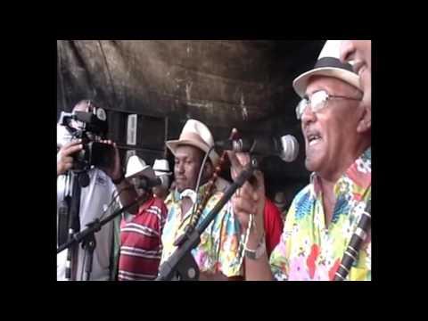 beija flor de ferreiros mestre ze galdino carnaval 2012 em Nazare