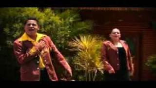 video y letra de Aunque sea en silencio  por Banda Culiacancito