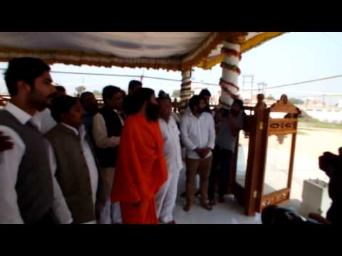 Video Baba Ramdev In Jaigurudev Ashram-Mathura-2 download in MP3, 3GP, MP4, WEBM, AVI, FLV January 2017