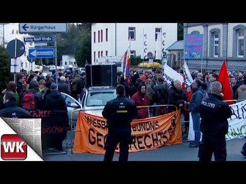 Protest gegen die AfD - rund 300 Demonstranten in Wiesb ...