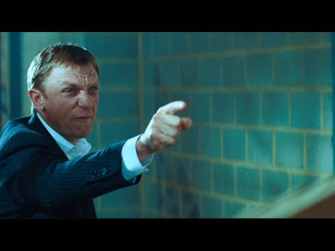 Layer Cake 2004 - Police Raid Runaway Scene - Daniel Craig - HD