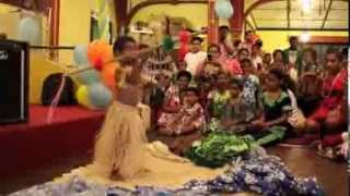 2 Year Old Fijian Boy Performing A Fijian Warrior Dance Infront Of 500 People For The First Time