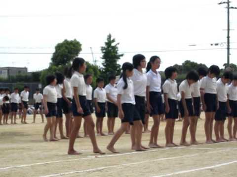 最後の運動会(小学校)6年生全員での組み立て体操
