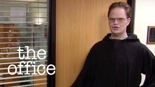 Dwight Schrute's (Rainn Wilson) attempt to leverage a better deal backfires. Watch The Office US on Google Play:...