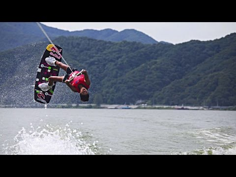 Behind the Boat w/ Wakeboarder Sasha Christian