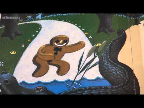 Reading Books - The Gingerbread Man (3)