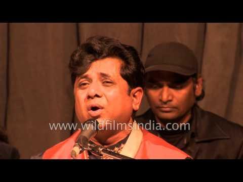gratis download video - Acharya-Abhimanyu-sings-devotional-songs