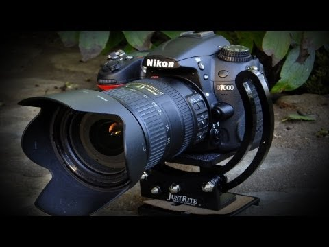 D7000 - http://photogiver.com - See how the Nikon D7000 DSLR camera relates to the professional photographer and serious hobbyists and How this Nikon can help you cr...