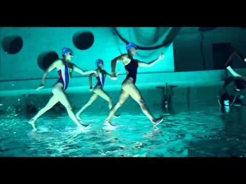amazing italian team synchronized swimming