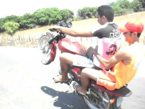 Andando de um pneu em São Bento - PB