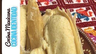 Tamales de almendra rellenos