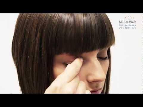 Weiche Kontaktlinsen aufsetzen