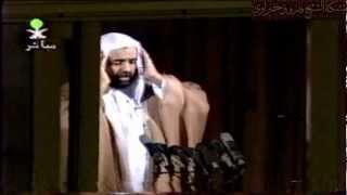 أول أذان مرئي للشيخ فاروق حضراوي في الحرم المكي الشريف