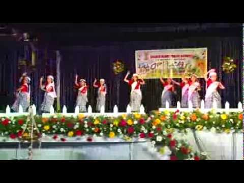 Video Kera Nirakal Adum dance by kids download in MP3, 3GP, MP4, WEBM, AVI, FLV January 2017