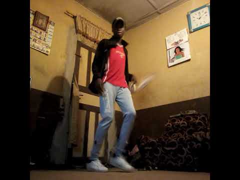 "Kosco Dancing To ""awon Omo Science Student """