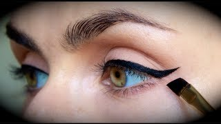 Quick & Easy, Perfect EYELINER Tutorial. - YouTube