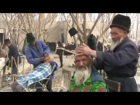 2007.03.19 Barbershop in Turfan, Xinjiang