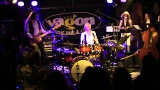 Video PayaNoia - Velikost slipů - Live, klub Vagon Praha, 10.3.2013