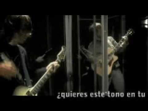 Tekst piosenki El Sueño de Morfeo - Chocar po polsku