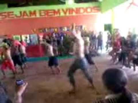 OS BAILARINOS DE JUNCO DO MARANHÃO.