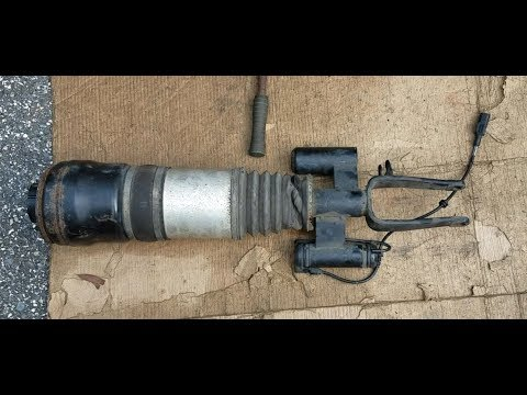 Mercedes Benz / w211 e320 e500 4matic Airmatic Front Air Strut Repair pt1