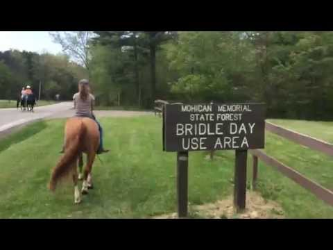 Trail riding in Ohio at Mohican State Park…bareback! (видео)