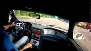 Bugatti Veyron vs 1000HP Nissan GTR R34