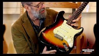 Video 1955 1958 1963 Fender Vintage Stratocaster Guitars - THE GEORGE GRUHN ® GUITAR SHOW (S3) MP3, 3GP, MP4, WEBM, AVI, FLV Juni 2018