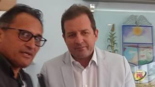 Prefeito fecha acordo com servidores e pagará atrasado em Sousa