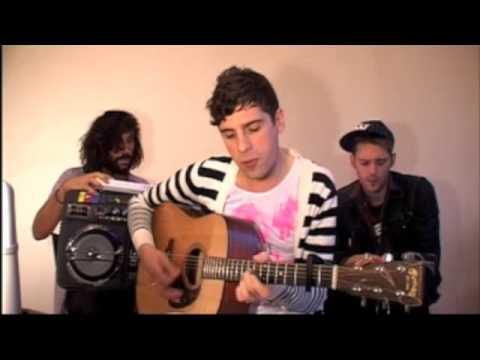 U+Me Acoustic