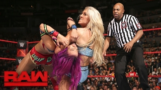 Nonton Sasha Banks Vs  Charlotte Flair  Raw  Feb  20  2017 Film Subtitle Indonesia Streaming Movie Download