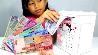 Video Mainan TABUNGAN Pakai Uang Beneran 💖 CELENGAN Anak 💖 Mainan HELLO KITTY 💖 Let's Play 💖 Jessica 💖 MP3, 3GP, MP4, WEBM, AVI, FLV Januari 2018