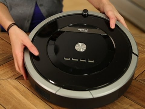 iRobot's new 800 series robot vacuum: iRobot Roomba 880:  http://cnet.co/1j2FbdPWatch out Roomba 790, the 880 is coming for you.