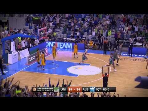 Play of the night: Kostas Vasileiadis, Unicaja Malaga