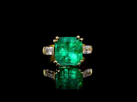 GIA Certified 9.15ct Octagonal Step Cut Colombian Emerald and Diamond Ring