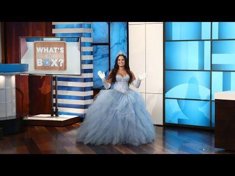 Ellen Plays 'What's in the Box?' with Guest Model Demi Lovato (видео)