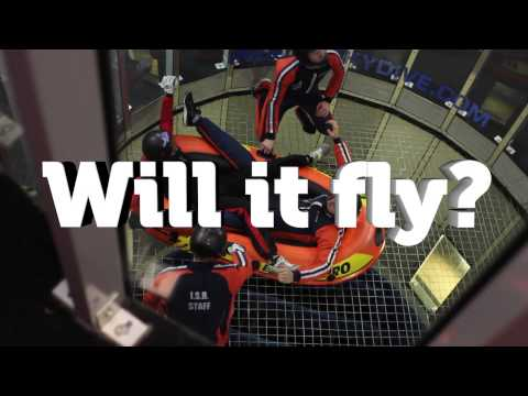 Will it Fly? In een opblaasboot (video)