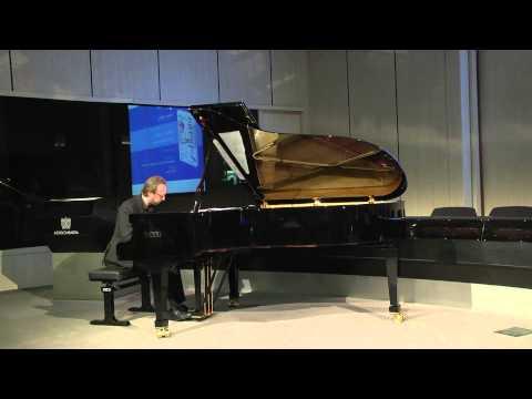 Uomo vs Robot – Sfida musicale tra Roberto Prosseda e Teo Tronico Notturno op. 9 n. 2 di F. Chopin