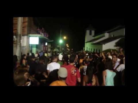 Carnaval Minas Novas 2010 AXE POP - Cuida de mim