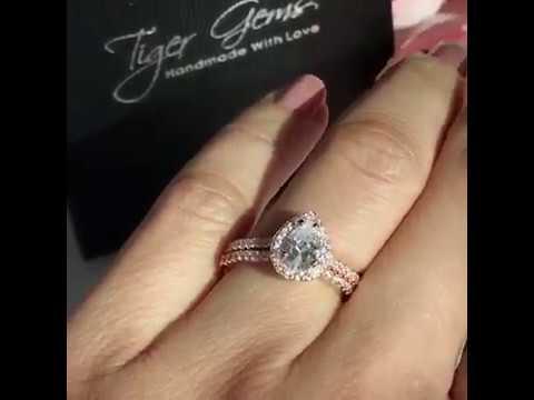 1 ctw Pear Halo Bridal Set - Rose Gold