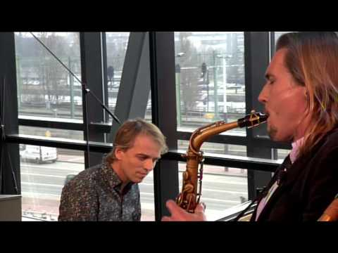 play video:Joris Posthumus in the Vrije Geluiden / portrait of a picture