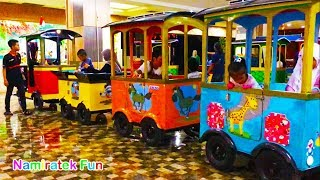 frozen elsa Naik Odong odong Kereta Api Anak Mini di mall bersama mama, Robot Odong-odong Barongsai