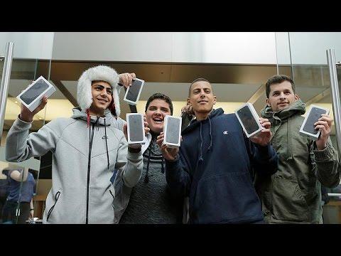 Ξεπούλησε το νέο iPhone 7 Plus