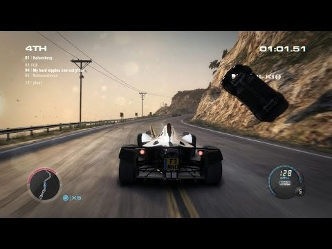 Grid 2: A typical multiplayer online public race in Hong Kong and California