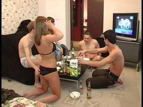 russkoe-porno-kino-s-razdevaniem-porno-dzheday-dzheday-trahaet-asoku
