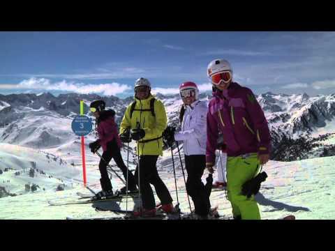 On Tour Baqueira Kustom Skis