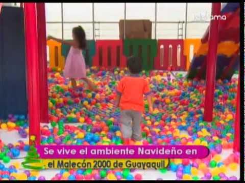 Se vive el ambiente navideño en el Malecón 2000 de Guayaquil