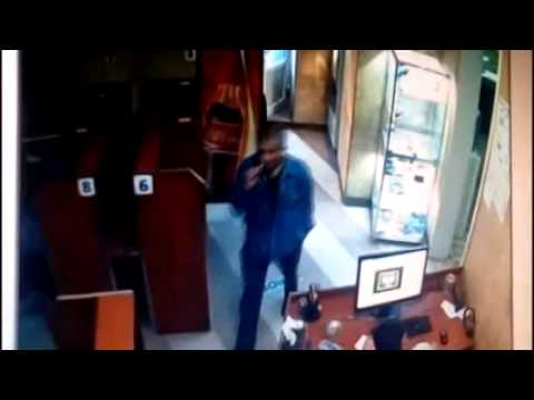Տեսախցիկներն արձանագրել են ինտերնետ ակումբից հեռախոսի գողության դրվագը (Տեսանյութ)